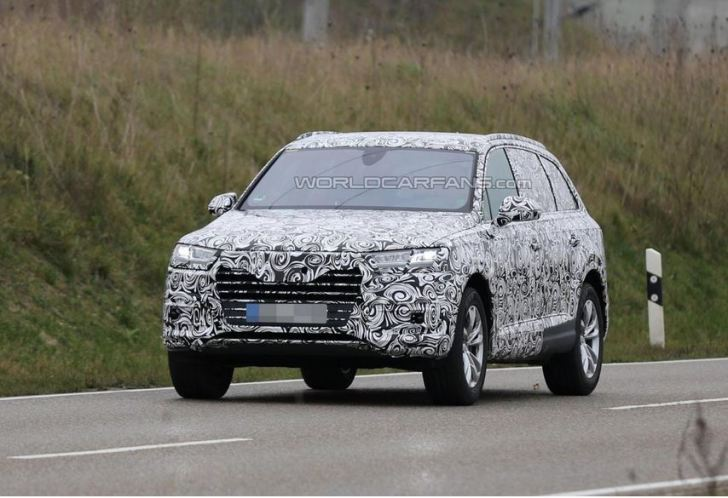 2016-Audi-Q7-1