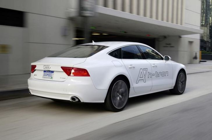 Audi-A7-Sportback-h-tron-quattro-4