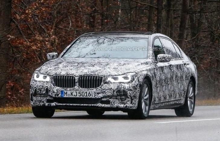 2016-BMW-7-Series-1