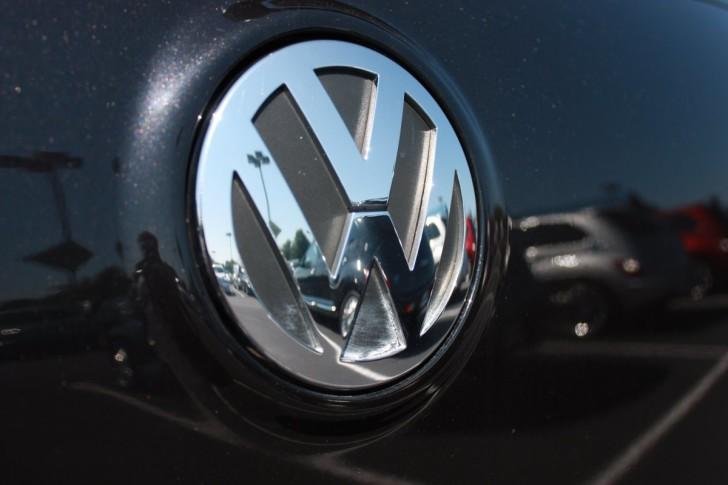 Volkswagen, logo, dealership Graphics Project